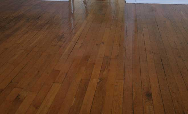 Hardwood Floor Cracks and Gaps
