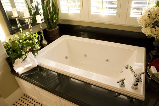 Upscale White Bathtub