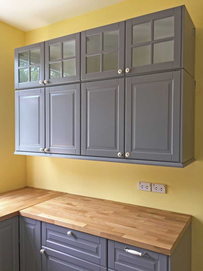 Painted Wall and Base Cabinets